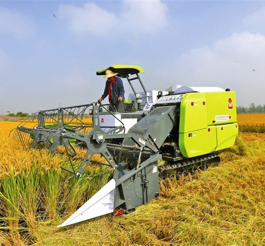 The market situation of rice harvester is good